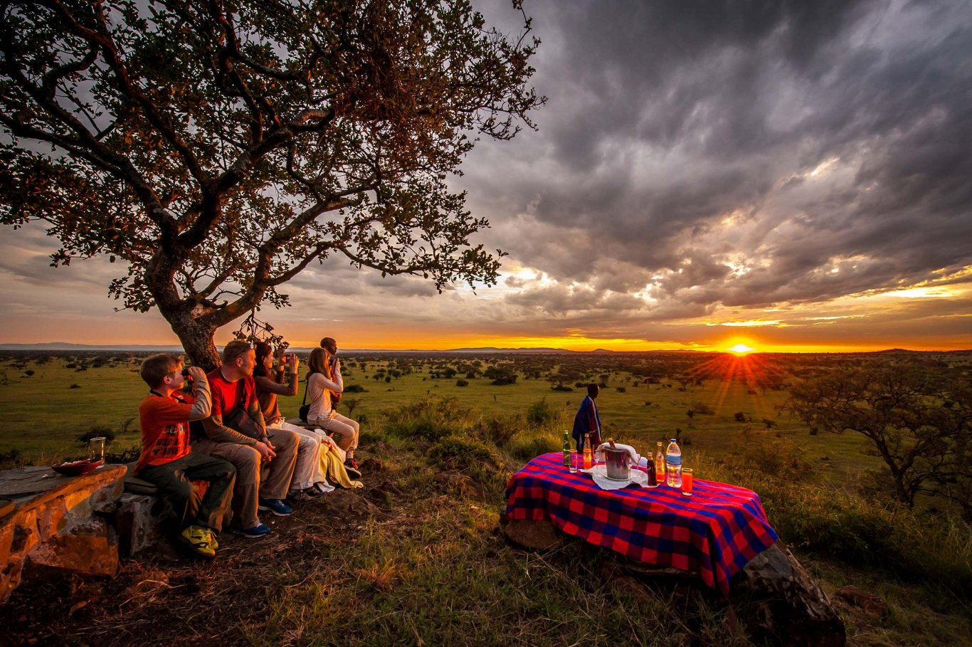 7 DAY TANZANIA LUXURY ADVENTURE FAMILY SAFARI